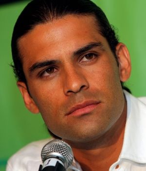 The 39-year old son of father Rafael Márquez Esqueda and mother Rosa Maria Alvarez, 182 cm tall Rafael Marquez in 2018 photo