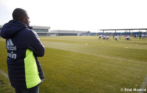 El_entrenador_de_Cabo_Verde_presencio_el_entrenamiento_del_Real_Madrid