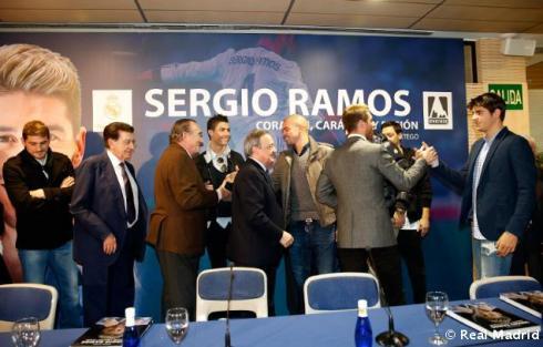 Presentaciýn_libro_Sergio_Ramos (11)
