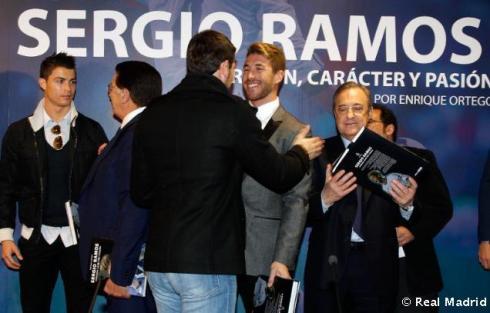 Presentaciýn_libro_Sergio_Ramos (9)