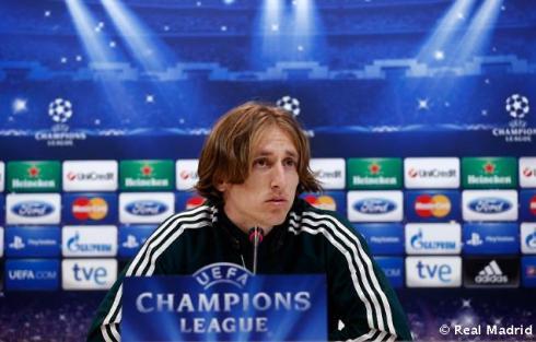 Rueda_de_prensa_de_Modric (2)