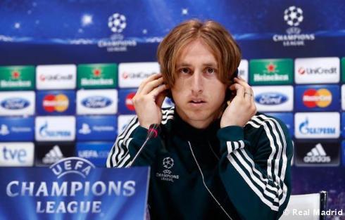 Rueda_de_prensa_de_Modric (3)
