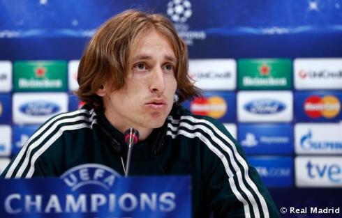 Rueda_de_prensa_de_Modric (4)