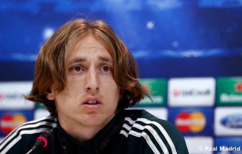 Rueda_de_prensa_de_Modric (6)