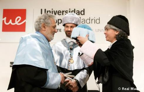 Plýcido_Domingo_Honoris_Causa (3)