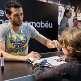 Arbeloa_en_tienda_adidas_Bernabýu (6)