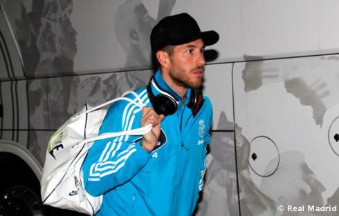 New hat, Sergio? Very...understated.