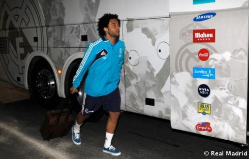Aw! Marcelo, why you by your lonesome?