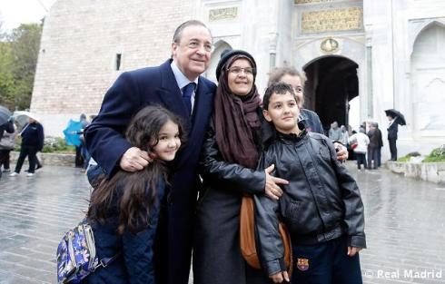 El_presidente_Florentino_Pýrez_en_Estambul (1)
