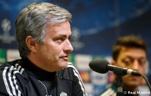 Rueda_de_prensa_de_Mourinho (1)