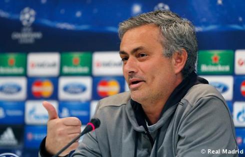 Rueda_de_prensa_de_Mourinho (2)