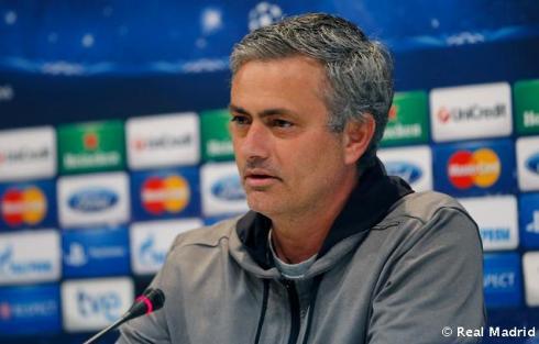 Rueda_de_prensa_de_Mourinho (5)