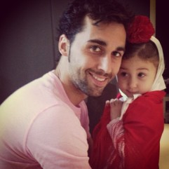 Arbeloa & a totally nana-riffic Albita! (Love this kid!)