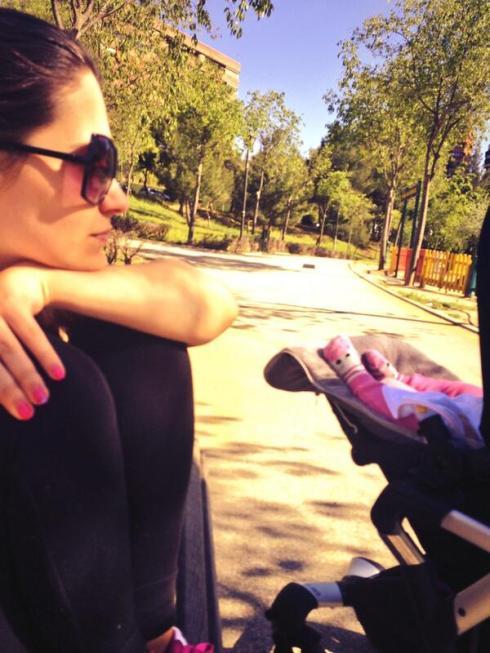 Ana Sofia & Angeli's toesies!