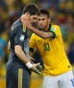 Brazil's Neymar consoles Spain's goalkeeper Iker Casillas after Brazil defeated Spain in the Confederations Cup final soccer match in Rio de Janeiro