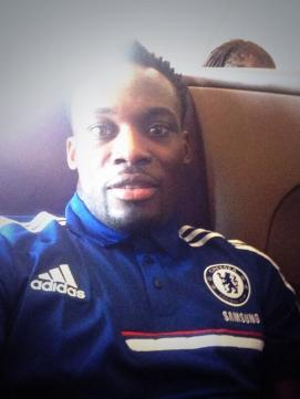 Essien on his way to Bangkok (Do they really want to let John Terry lose there?!)