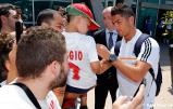 El_Real_Madrid_ya_estý_en_Lyon__ (2)