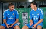 Presentaciýn_de_la_segunda_equipaciýn_del_Real_Madrid_2013-14 (13)