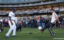Cristiano_Ronaldo_en_el_partido_Dodgers_-_Yankees (1)