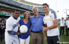 Cristiano_Ronaldo_en_el_partido_Dodgers_-_Yankees (14)