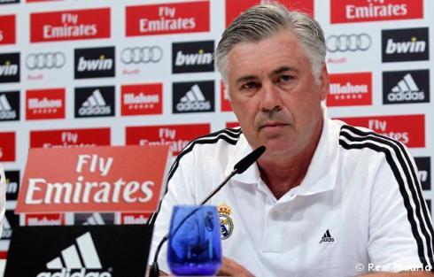 Rueda_de_prensa_de_Carlo_Ancelotti_ (1)