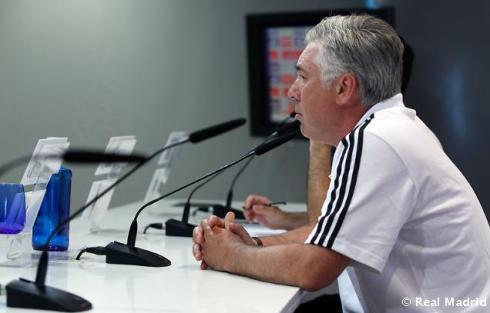 Rueda_de_prensa_de_Carlo_Ancelotti_ (7)