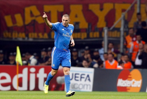 Real Madrid's Benzema celebrates a goal against Galatasaray during their Champions League soccer match in Istanbul