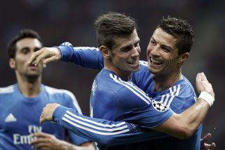 Cristiano-Ronaldo-celebrates-a-goal-with-team-mate-Gareth-Bale-2281212