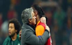 Drogba-Mourinho (1)