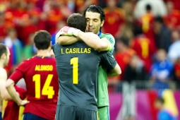Iker-Casillas_Gianluigi-Buffon