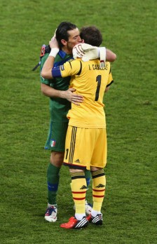 Iker+Casillas+Gianluigi+Buffon+Spain+v+Italy+KZ2oHlXjEexl