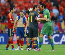 Iker+Casillas+Gianluigi+Buffon+Spain+v+Italy+l9c6bgAaGitl