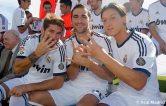 Sergio-Ramos-Gonzalo-Higuain-y-Mesut-Ozil-despues-de-la-foto-oficial-de-temporada