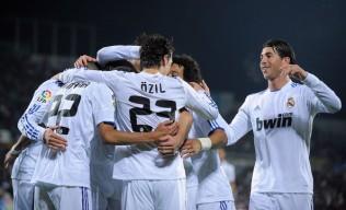 Sergio+Ramos+Mesut+Ozil+Getafe+v+Real+Madrid+6z_dvYnexL0l