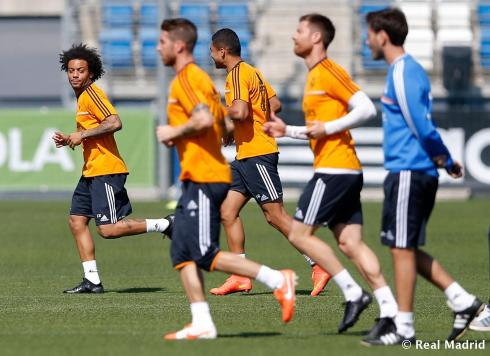 I love how it looks like Marcelo is side eyeing Sese's new tats.