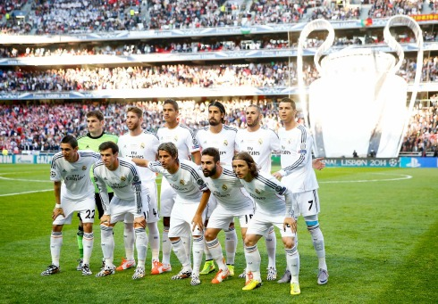 Real Madrid's players pose before their Champions League final soccer match against Atletico Madrid at Luz stadium in Lisbon