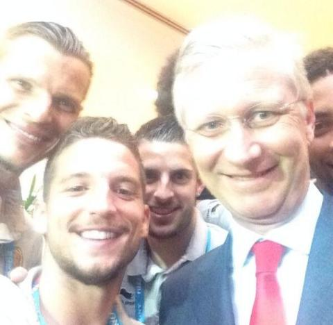 Pic 1 Dries Selfie with King
