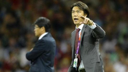 Hong Myung-bo, Coach of South Korea