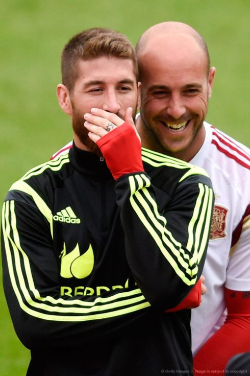 But I'm telling you, Pepe Reina ships it. Totally.