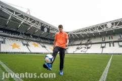 Il nuovo giocatore della Juventus Alvaro Morata allo Juventus Stadium