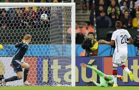 Pic 5 algerian goal