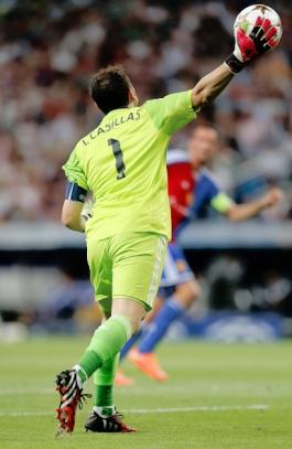 Real Madrid CF v FC Basel 1893 - UEFA Champions League
