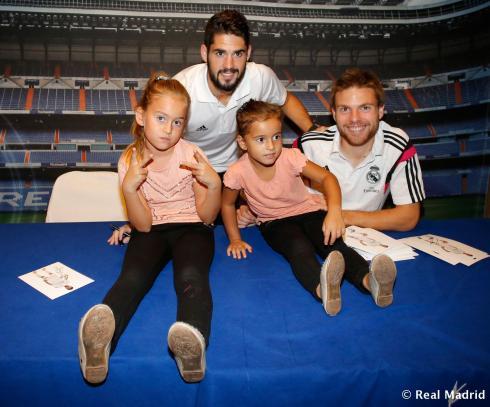 Um, does Karim Benzema have a love child in Valencia?!