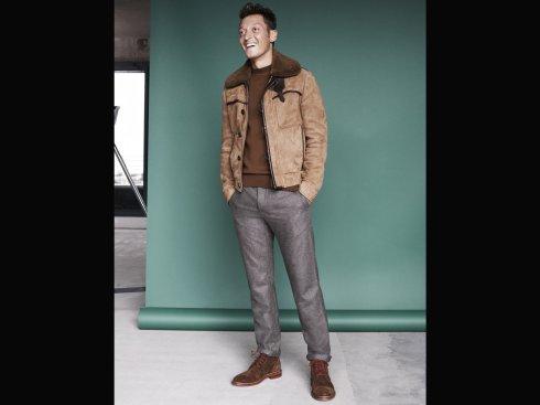Mesut-ozil-sheepskin-esquire-fashion-shoot-3-43