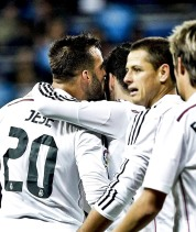 Jese gives Isco kisses