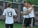 Nationalmannschaft-Torschuetzen-unter-sich-Thomas-Mueller-Lukas-Podolski-und-Miroslav-Klose-v