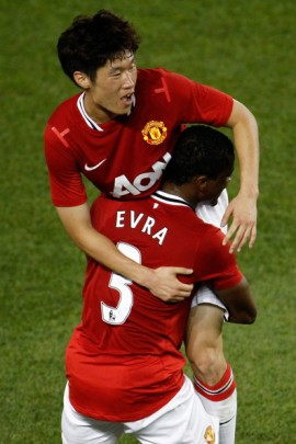 Patrice+Evra+Ji+Sung+Park+MLS+Star+Game+Manchester+-hY4uGmo2uil