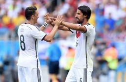 sami-khedira-mesut-oezil-soccer-world-cup-germany-vs-portugal2-850x560