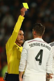 Sergio receives a yellow card