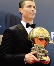 Cris and his award